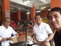 Foto Ketua KPU Bareng Calon Wawali, Tersebar di Medsos