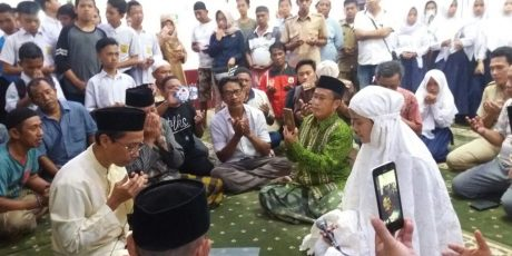 Peluk Agama Islam, Indriani Elisabeth Caroline Kini Bernama Indriany