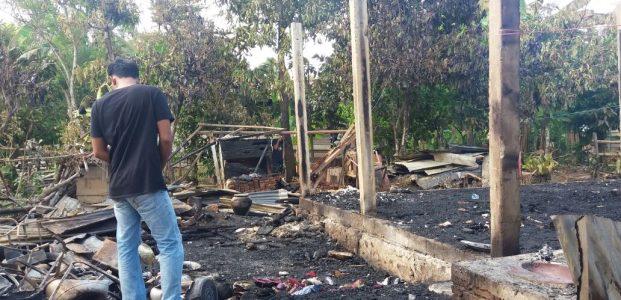 Diduga Akibat Arus Listrik, Satu Rumah di Bajo Habis Dilalap Api