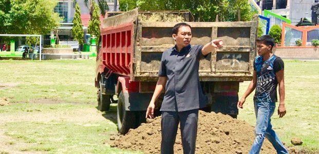 Persiapan Tim Suratin, dan Kenyamanan Warga, Wakil Ketua I DPRD Turun Benahi Andi Makkasau