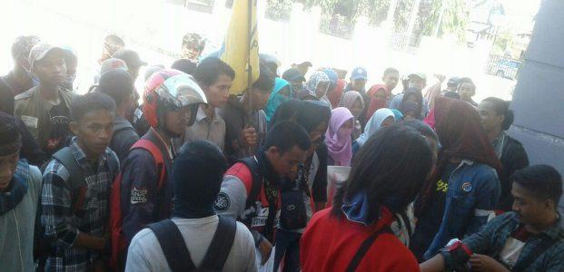 Banyak Balita Terserang Gizi Buruk, Mahasiswa Polman Unjuk Rasa