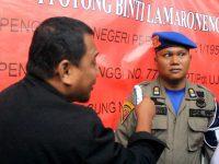 Marah, Ichang Fokus Halangi Pembukaan Segel SMP Negeri 9 Parepare