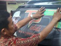 Hari Anti Korupsi Kejaksaan Pasang Stiker Pada Randis Pemkot Parepare
